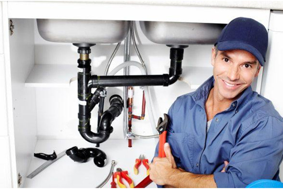 What Things Should I follow at the Time of Hiring Plumbers?